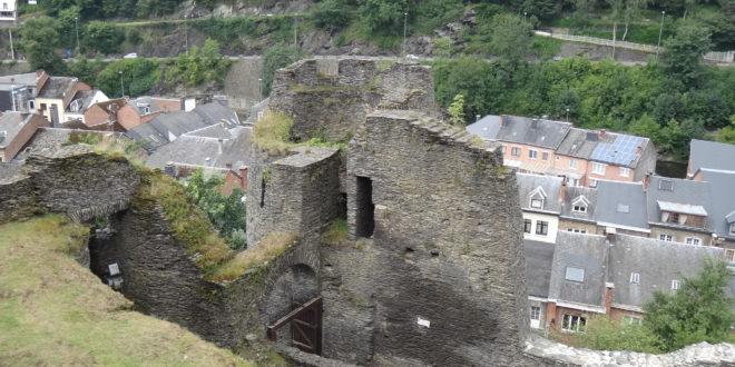 Les ruines du château de Rochefort