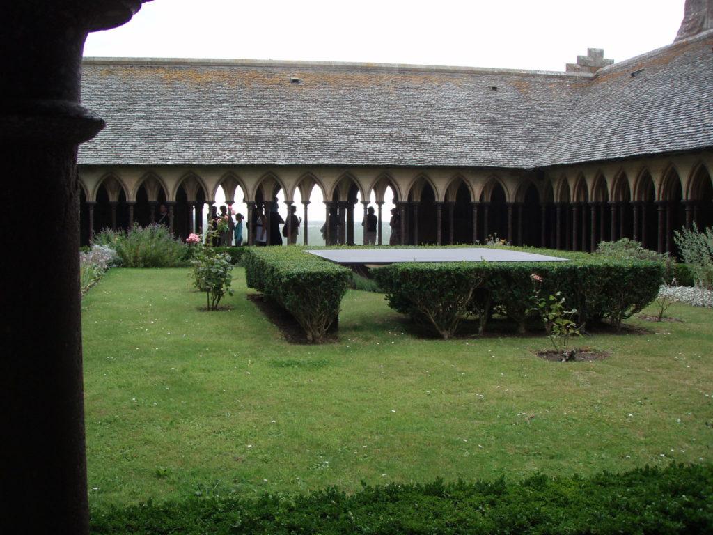 Le magnifique Cloître du Mont Saint-Michel