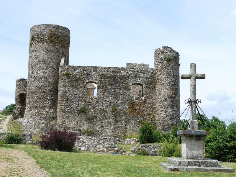 Château d'Urfé à Champoly