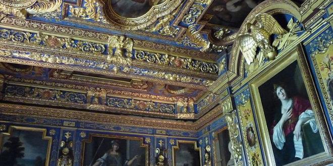 Cabinet Ste Cécile au château de Cormatin