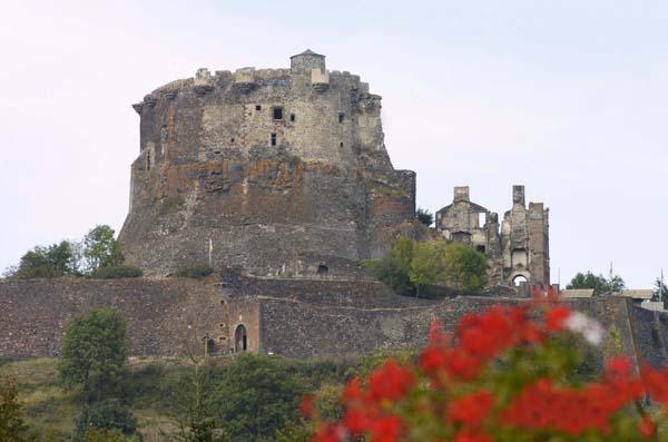 Les ruines du Château de Murol