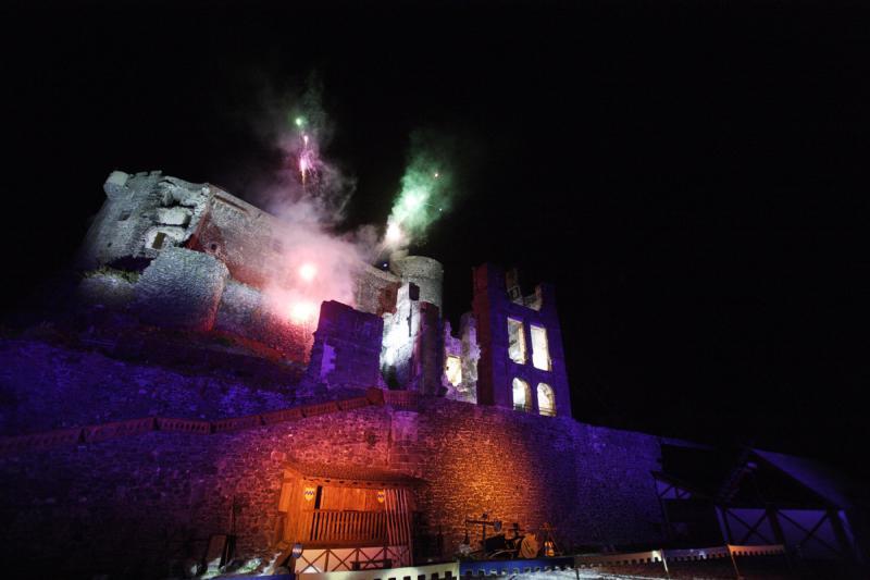 Feu d'artifice au Château de Murol