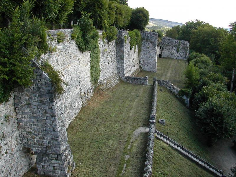 Les remparts de Château-Thierry