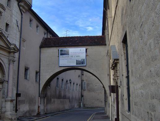 Collège de l'Arc à Dole