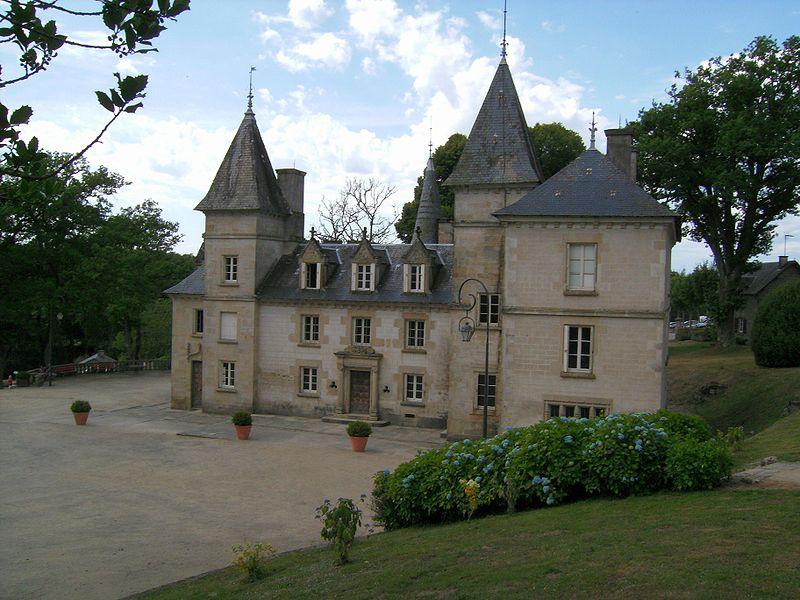 Château du Lac de Vassivière