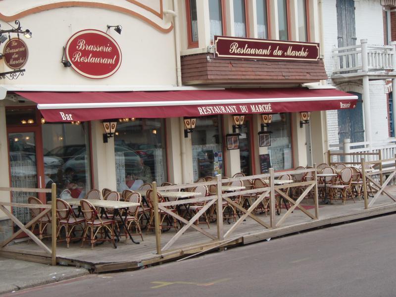 Restaurant au marché au Touquet-Paris-Plage