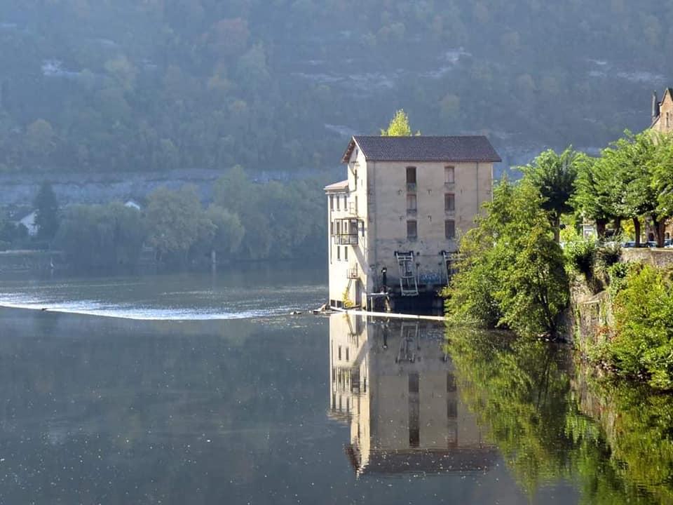 Un moulin sur le Lot, près de Cahors