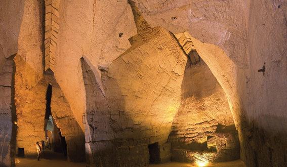 Troglodytes et Sarcophages à Doué-la-Fontaine