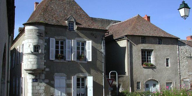 Maison à échauguette à Ebreuil