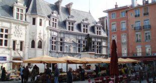 Place Saint-André à Grenoble