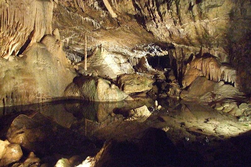 Grottes de Houtton