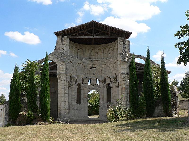 Prieuré Saint-Léonard à L'Ile-Bouchard