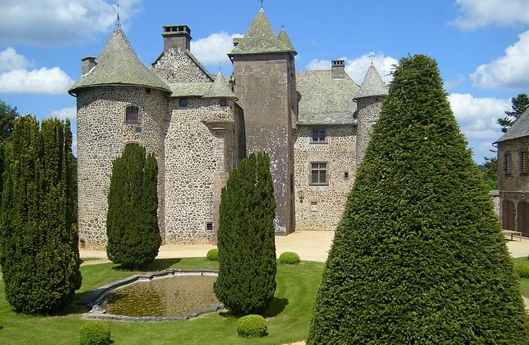 Château de Cordès à Orcival