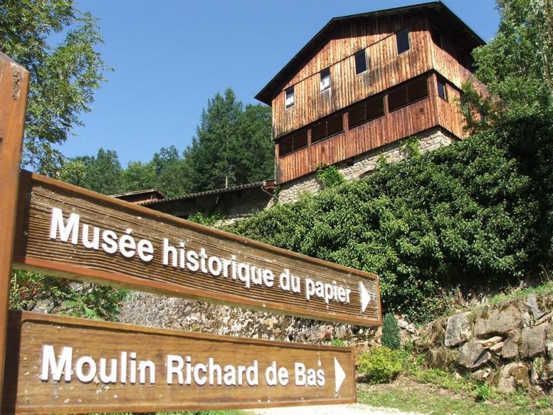 Le Moulin Richard-de-Bas