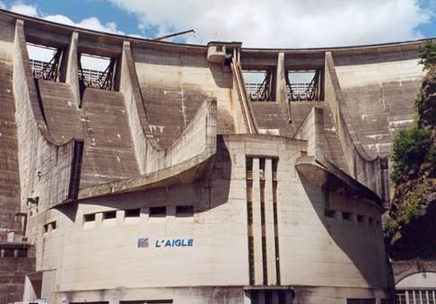 Barrage de l'Aigle à Mauriac