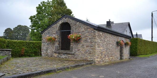 Vieux lavoir de Neufchâteau