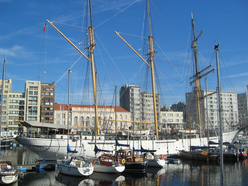 Le Mercator a jeté l'encre à Ostende