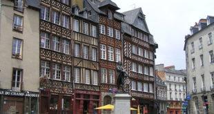 Place du Champ-Jaquet à Rennes