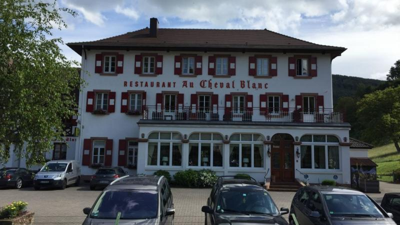 Hotel Au cheval blanc à Obersteinbach