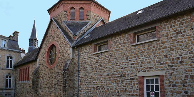 Chapelle du monastère Sainte-Claire à Saint-Hilaire-du-Harcouët