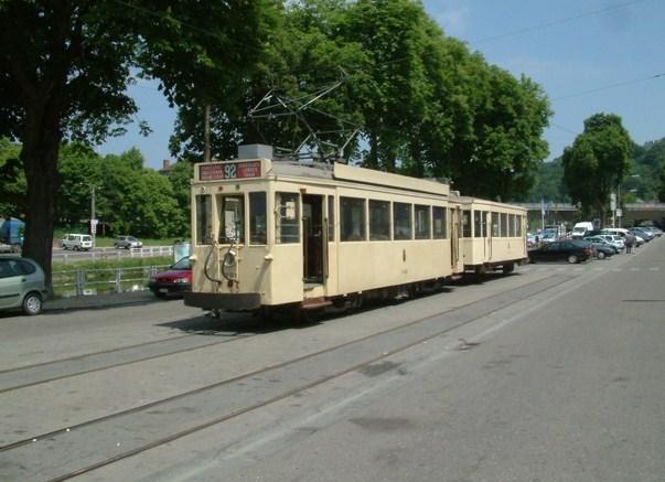 Tram touristique à Thuin