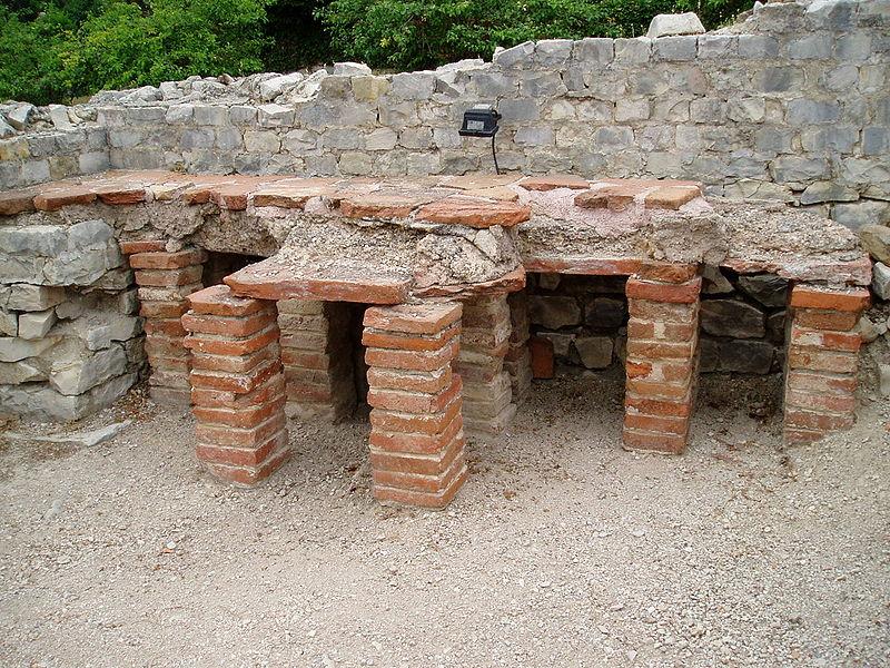 Thermes romaines de Vaison-la-Romaine